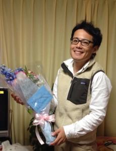 先日友人からお祝いの花束をいただきました!